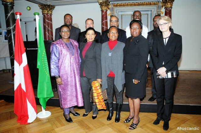 First row L-R:  The Ambassador of Bukina Faso ( Dean of the African Ambassadors),Ambassador of Cote d´Ivoire, Ambassador of South Africa, Rt Hon. Rebecca Kadaga, Speaker of Parliament of Uganda,Director of Africa department UM, Birgitte Markussen. TOP-ROW: From the Embassy of Benin (Deputy),The Ambassador of Algeria, Embassy of Libya ( Representative ), The  Ambassador & Deputy of The Ambassador of Uganda