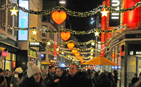 atmosphere of the city of Copenhagen at Christmas
